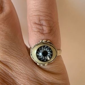 Vintage Sterling Silver Eyeball Ring